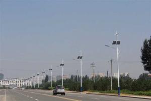 китайские  гелиосистемы (энергия солнца) для уличного освещения