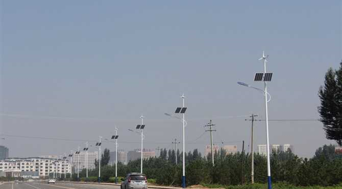 Оборудование для солнечной и ветровой энергии (ветрогенераторы и гелиосистемы) от питания планшета до уличного освещения и комплексной энергетики усадьбы