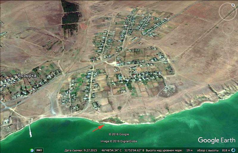 Наиболее динамичный берег: разрушение обрыва из суглинков, обломки пласта известняка