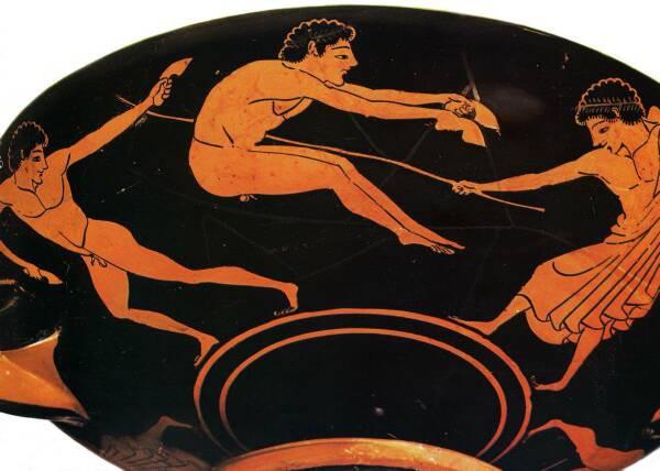 Изображение спортивных соревнований на античной вазе