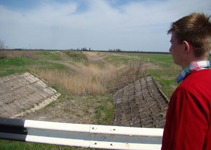 Руины Северо-крымского канала... Красиво и познавательно, однако бесполезно
