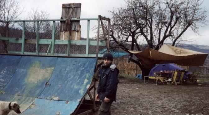Побеги из дома 2000-х, Бахчипарижский район